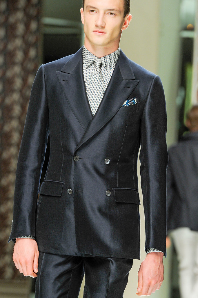 SS13 Milan Ermenegildo Zegna055_Jacob Coupe(VOGUE)