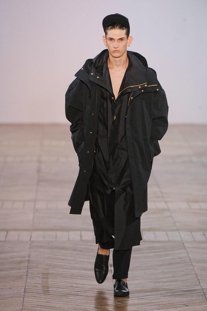 SS13 Paris Juun J.029_Reece Sanders(fashionising.com)