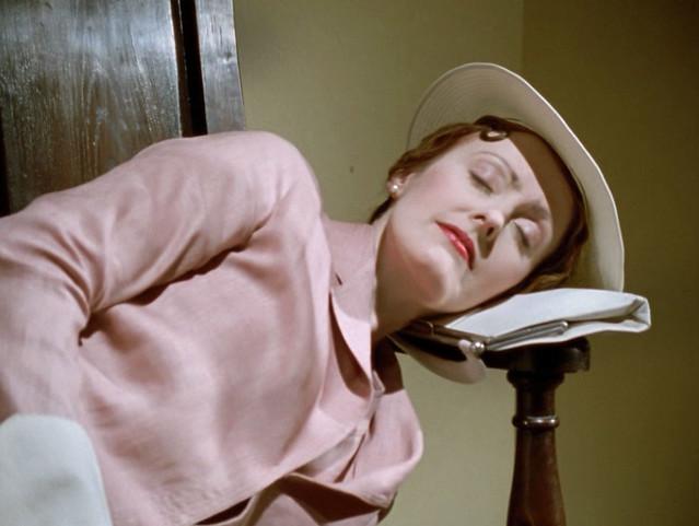 Poirot_MsLemon_PerilEndHouse_pink_sleeping