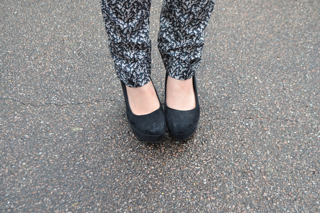 daisybutter - UK Style and Fashion Blog: what i wore, pyjama trend, trousers, SS12, rose gold accents