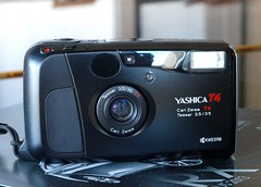 Yashica T4/T5
