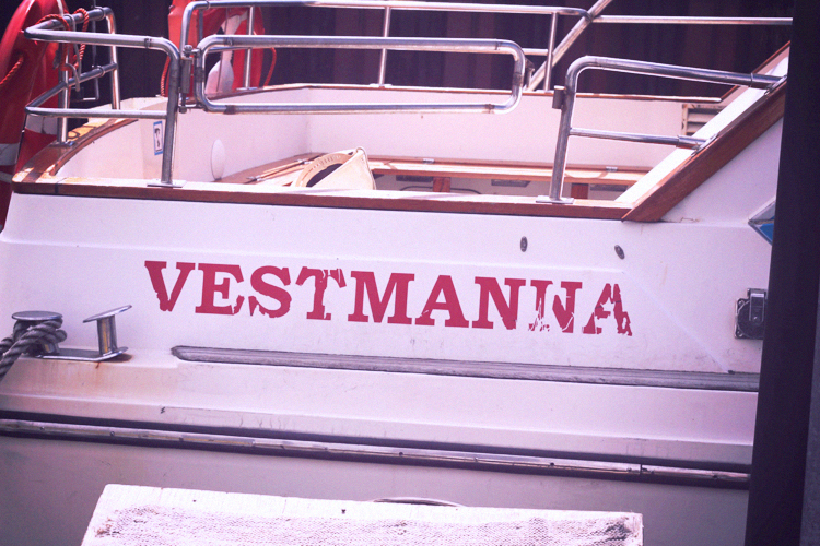 vestmanna boat