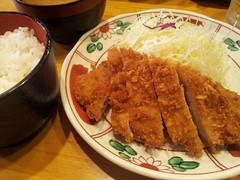 meal, steamed rice, tonkatsu, fried food, katsudon, meat, food, dish, cuisine,