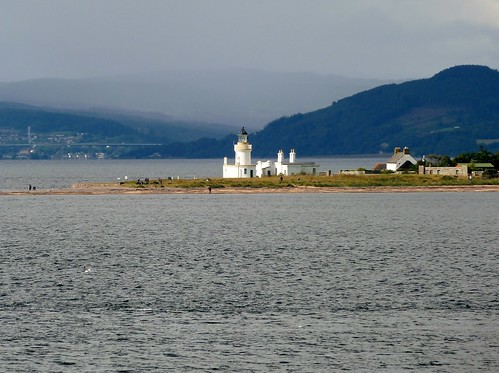 Dolphin Watchers at Chanonry Point, Scotland