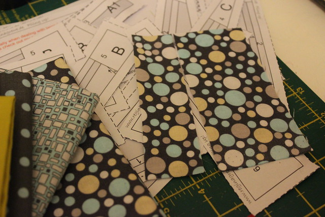 foundation paper piecing bowls with borders