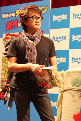 120816 - 漫畫家「板垣恵介」的生涯代表作《範馬刃牙》三部曲正式完結,新連載情報同時揭曉!