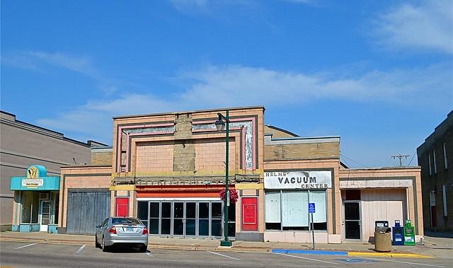 state theater 1935 215 n cedar avenue owatonna