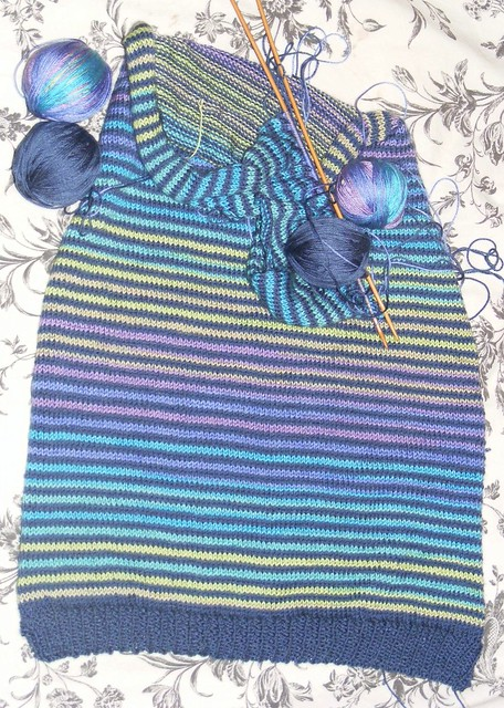 Diva większy sweterek