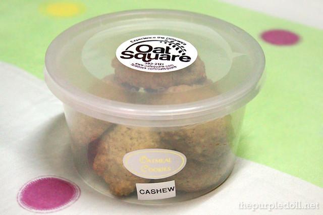 Cashew Oatmeal Cookies P135