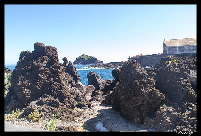 Garachico roque piscinas naturales caleton - Rocas de lava y Roque de Garachico