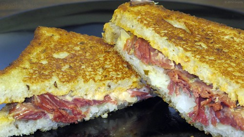Corned beef reuben by Coyoty