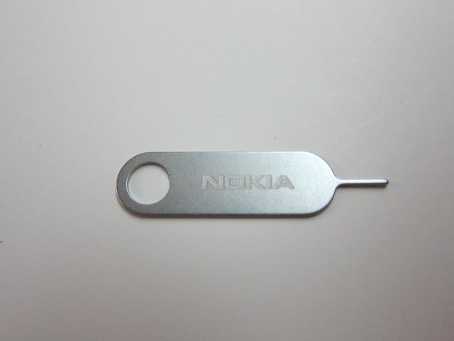 Nokia Lumia 900 - SIM Door Key