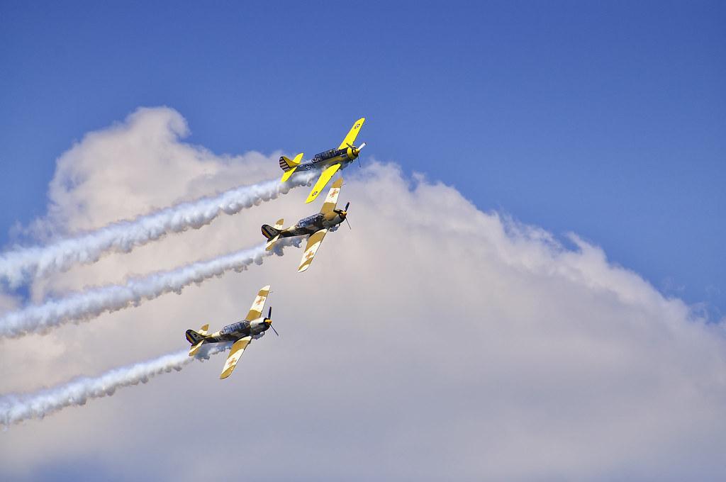 AeroNautic Show Surduc 2012 - Poze 7502228940_b3cba01a83_b