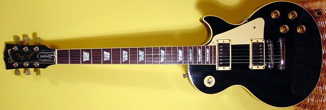Photo:Gibson Guitars  44 By Larry Ziffle