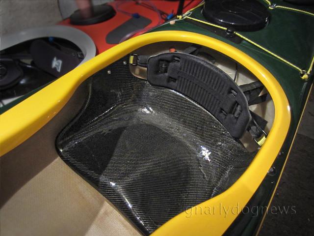 carbon seat4