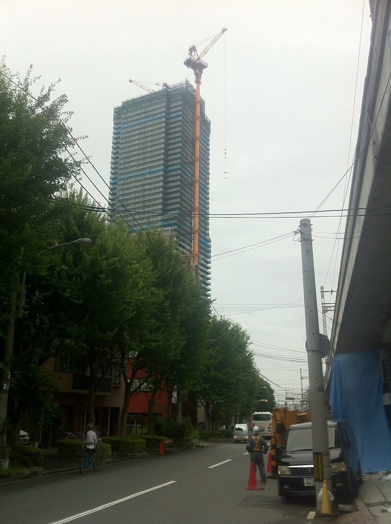 神戸三宮54階建て