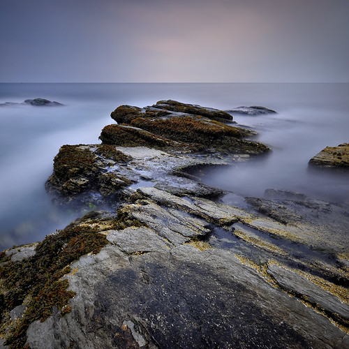 ocean longexposure ri morning seascape rock sunrise dusk atlantic rhodeisland beavertail beavertailstatepark nd110 shobeiransari