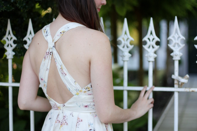 White Dress, Picket Fence