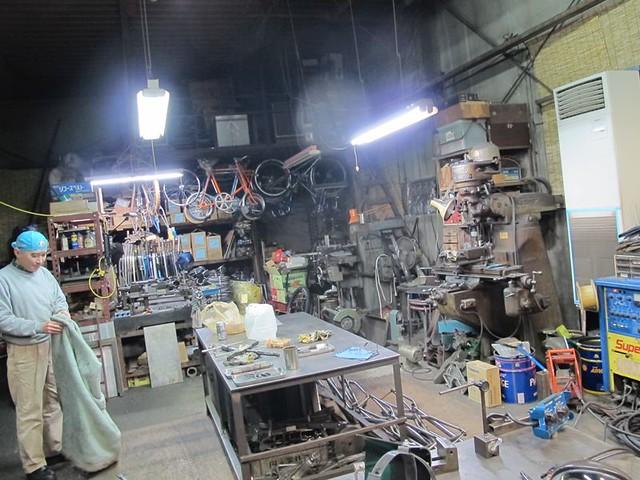 岡安製作所。