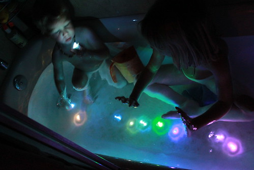 GlowInTheDarkBath 021