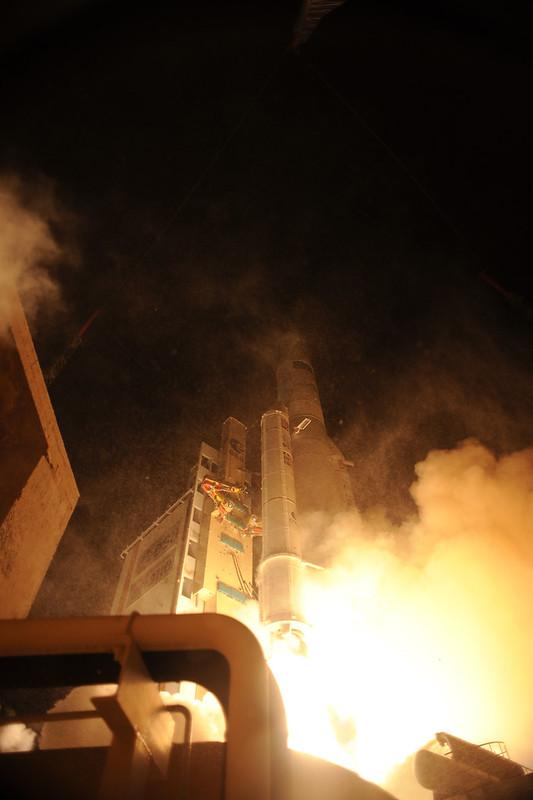 Ariane 5 V205 [ATV-3]: Lancement - Page 2 6862244510_e8e5349382_c