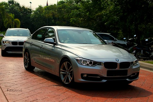 The New BMW 328i Sport line F30