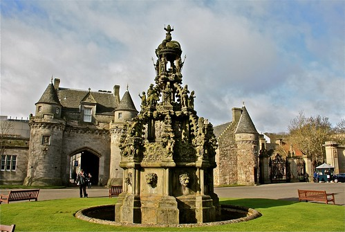 The Palace of Holyroodhouse 03