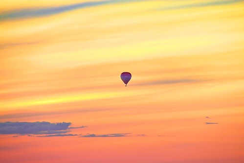 old travel sunset vacation sky orange cloud sun color colors yellow canon flying colorful europa europe cityscape sweden stockholm dusk ballon north 7d nordic cor hdr tsaruppsala