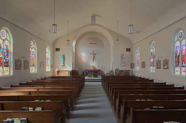 Church of the Risen Savior (Saint Joseph), in Rhineland, Missouri, USA - nave
