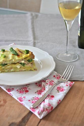Lasagnette primaverili con asparagi e prosciutto
