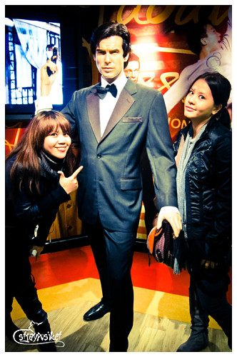 pierce brosnan wax figure