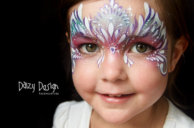 Face Painting Signs http://www.flickr.com/photos/daizydesign/7037792027/