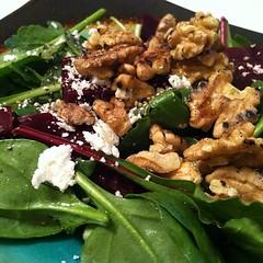 spinach salad, vegetable, vegetarian food, leaf vegetable, food, dish, cuisine, caesar salad,