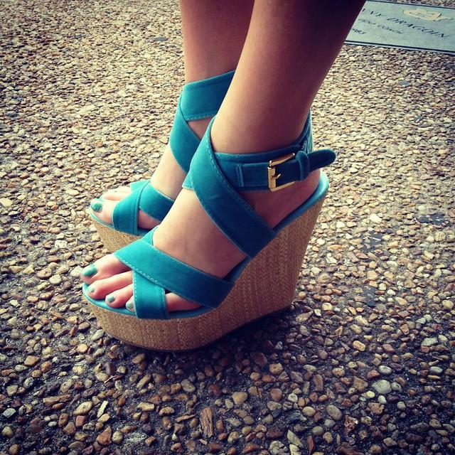turquoise wedge