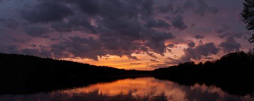 sunset panorama usa unitedstates stitch connecticut unitedstatesofamerica newengland ct ridgefield fairfieldcounty lakemamanasco nikkor2470mmf28 nikon2470mmf28 microsoftice microsoftimagecompositeeditor