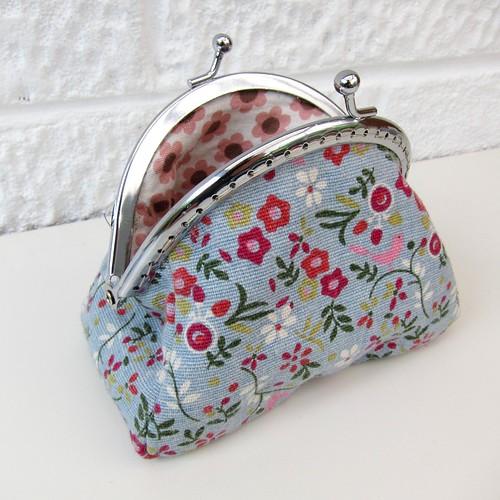 Frame purse 1