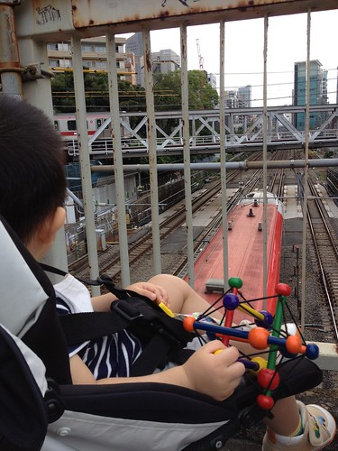 跨線橋から電車をみる (2012/6/24)