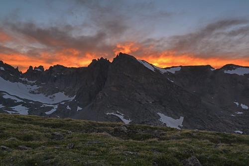 sunset colorado niwotridge shoshonipeak