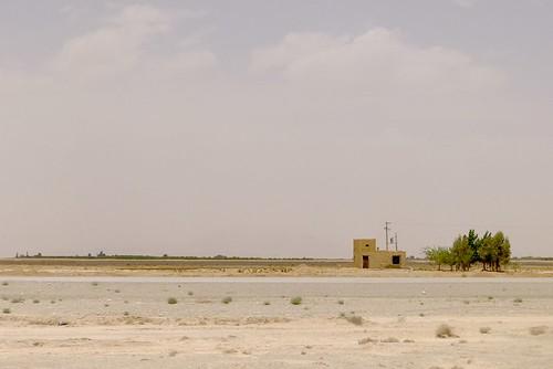 yazd-shiraz-L1020977