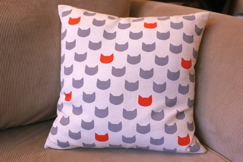 grey cats ginger cushion - front - 40 x 40 cm