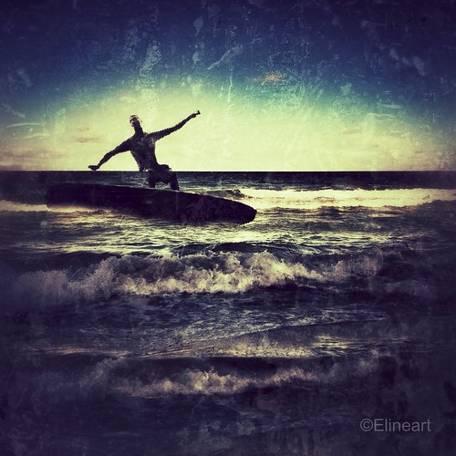 26:365 Miracle Surfer by elineart