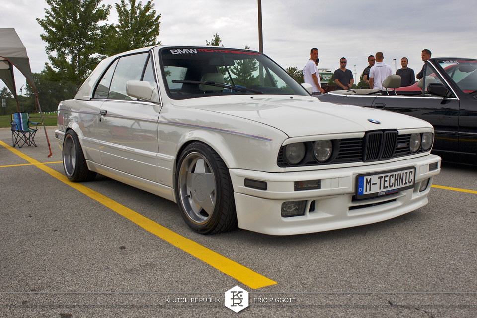 bmw e30 coupe white borbet type a at midwest treffen 2012 3pc wheels static airride low slammed coilovers stance stanced hellaflush poke tuck negative postive camber fitment fitted tire stretch laid out hard parked seen on klutch republik