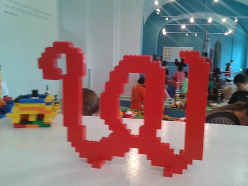 Lego Curly W