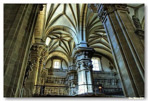 Interior da Basílica Santa Maria del Coro by VRfoto