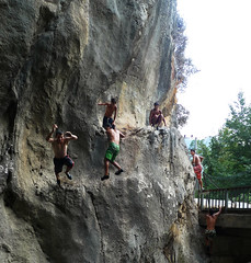 individual sports(0.0), sports(0.0), sport climbing(0.0), extreme sport(0.0), adventure(1.0), recreation(1.0), free solo climbing(1.0), outdoor recreation(1.0), rock climbing(1.0), climbing(1.0), rock(1.0), bouldering(1.0),