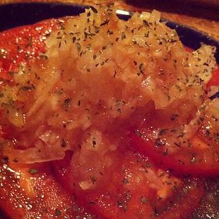 トマトと玉ねぎのさらだ@Beer Home TAF