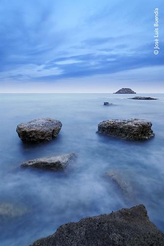 Atardecer azul by José Luis Buendía