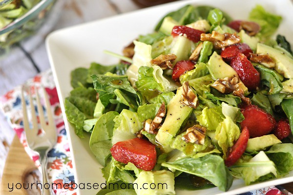 Strawberry, Avocado and Spiced Nut Spinach Salad