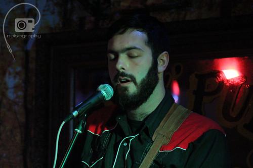Olivier Jarda - Gus`Pub - June 3, 2012 - 01
