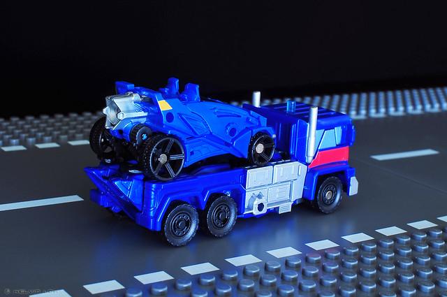 Ultra Magnus flatbed truck